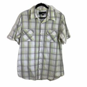 Local motion green checked short sleeve button dow